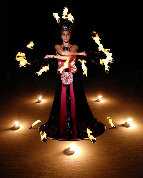 Фотокаталог История  фестиваля Живые Огни